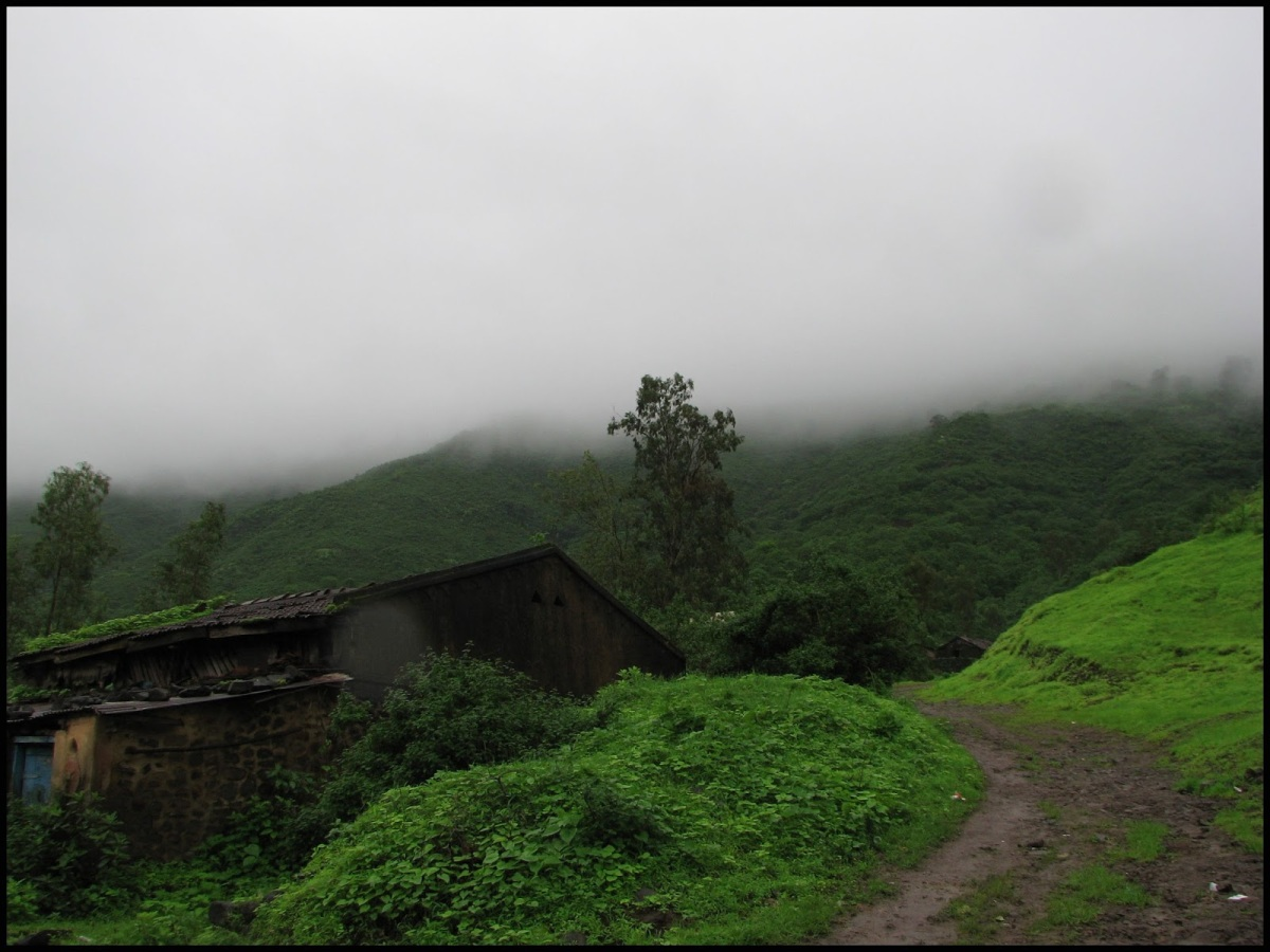 Visapur - a one day trek